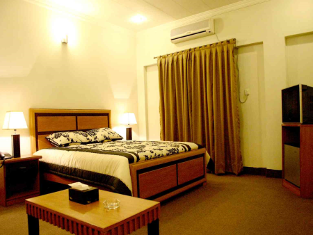 Dating hotel in lahore