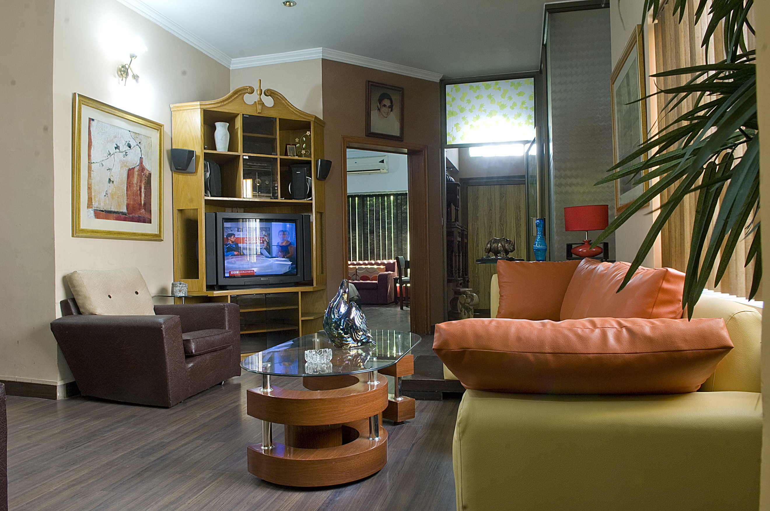 Book Lahore Guest House at cheap rates | Tourplanner pk