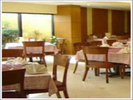 Book Embassy Inn Hotel Karachi at cheap rates | Tourplanner pk